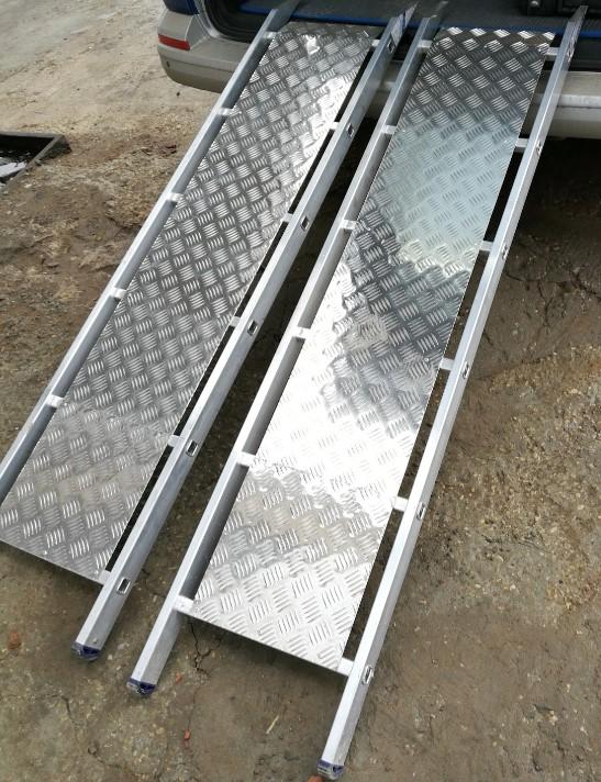 Интересные идеи пандусов Трап из алюминиевой лестницы, трап для квадроцикла